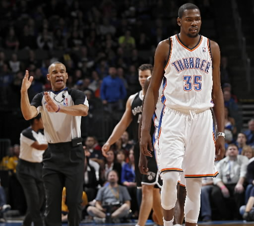 kevin-durant-ejection-chris-landsberger-photo